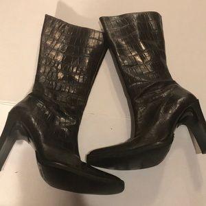 Charles David Vibram Brown Heeled Boots
